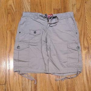 Union Bay Cargo Shorts. Size 1. Gently Used